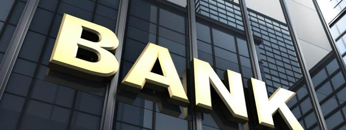 Does switching banks affect credit rating?